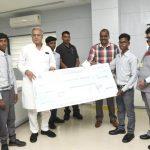 छू लो आसमान के सफल विद्यार्थियों को मिली आर्थिक सहायता… सीएम ने भेंट किया चैक, सीएमडी बैजेंद्र कुमार भी थे मौजूद