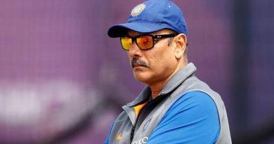 टीम इंडिया के हेड कोच बने रहेंगे रवि शास्त्री, कपिल देव की अगुवाई वाली कमेटी ने किया चयन…  5 उम्मीदवारों को पछाड़ हासिल किया पद…
