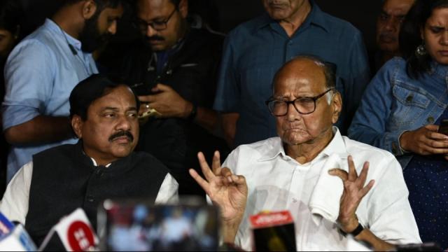 दिल्ली में कांग्रेस—रांकापा बैठे और महाराष्ट्र पर की चर्चा