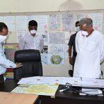 रायपुर की सड़कों पर निकले मुख्यमंत्री भूपेश बघेल… लॉक डॉउन की तैयारी का लिया जायजा…