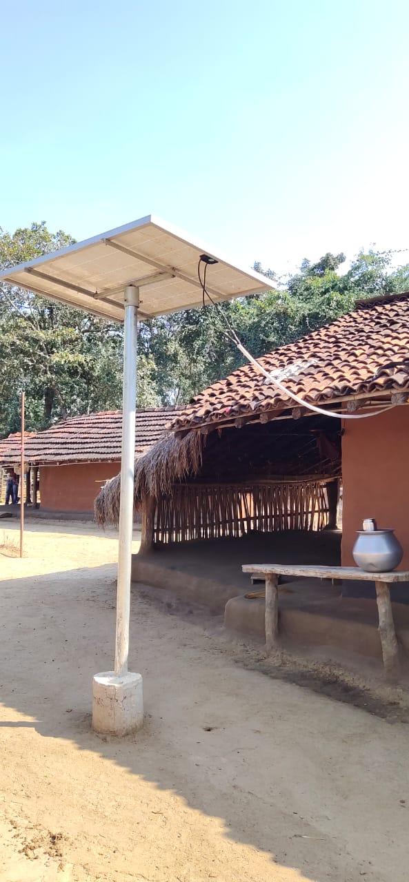 20 साल बाद दूधिया रौशनी से जगमगा रहे हैं नक्सलगढ़ के ढाई सौ मकान…